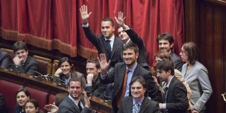 Napolitano sciolga le camere e assegni il governo al Movimento 5 Stelle