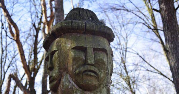 Żądamy przywrócenia posągu Światowida na Babiej Górze w Choroszczy