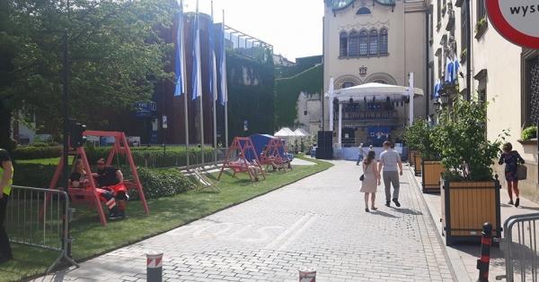 Do Szanownego Pana Prezydenta Jacka Majchrowskiego: Petycja o przywrócenie zielonego skweru w centrum Krakowa