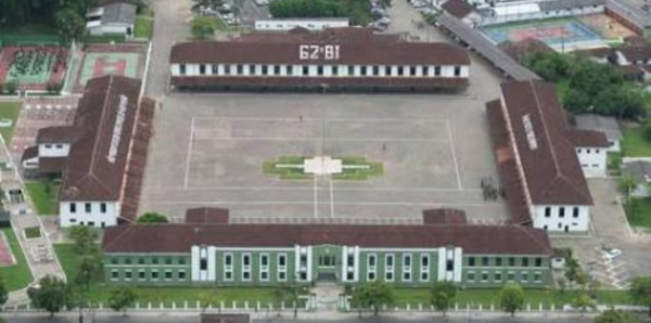 Udo Dohler Prefeito de Joinville SC: Um parque no 62 BI