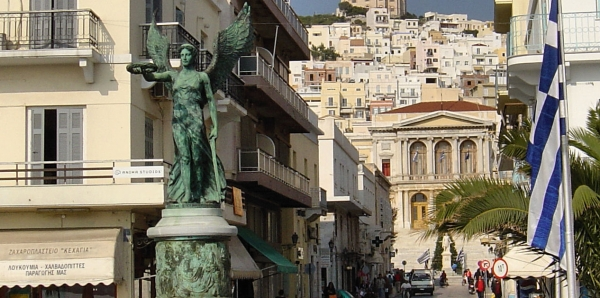 Ψήφισμα για την επανατοποθέτηση του Μνημείου Εθνικής Αντίστασης στην παραλία της Ερμούπολης