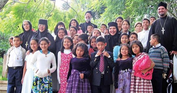 Presidente de la República de Guatemala: Que no devuelvan el Hogar Rafael Ayau al Estado de Guatemala