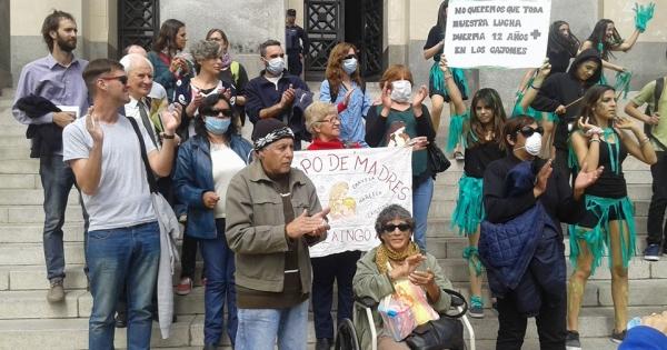Senador De Angelis, Senador Solanas, Senador Guastavino: Por una ley nacional de fitosanitarios que defienda el ambiente sano