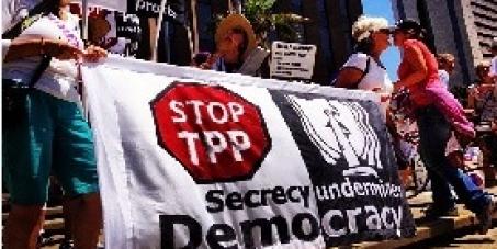 TPP交渉からの撤退を求めよう!秘密主義にNO!