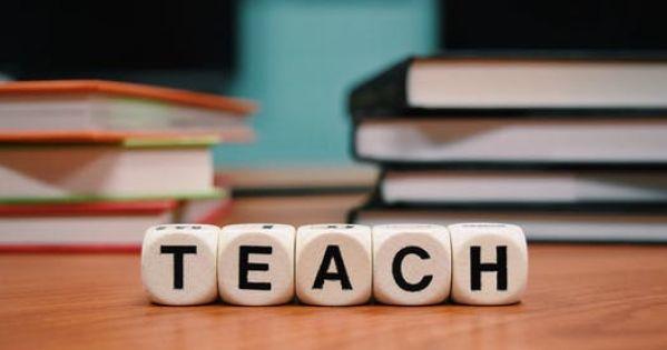 Αποκατάσταση της διδασκαλίας της Αγγλικής στο Δημόσιο Σχολείο