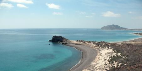 Cabo Pulmo=1 / Tourist Resort=0
