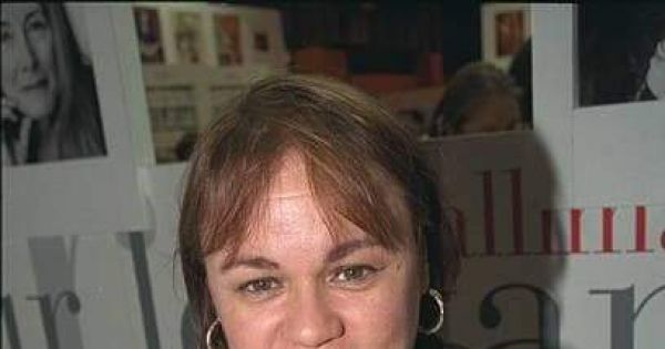 Quitar la censura a la Escritora cubana Zoé Valdés
