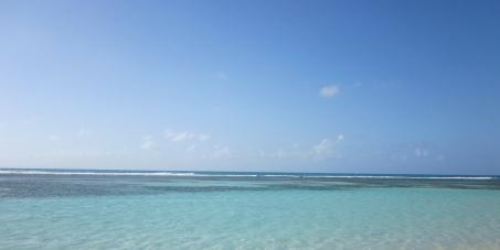 Suppression de l'octroi de mer et de la TVA sur l'eau.