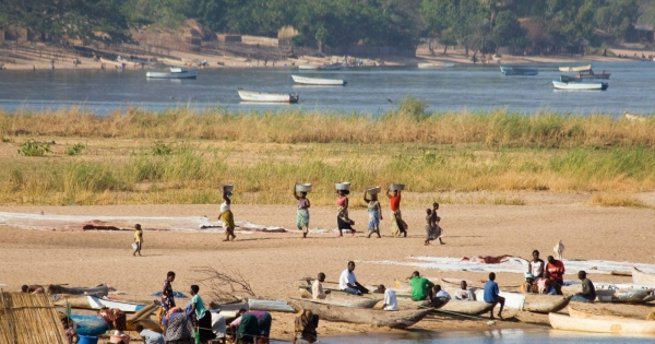 Malawi government and The Surestream Oil Company exploring oil in Lake Malawi: Save Lake Malawi, stop oil exploration