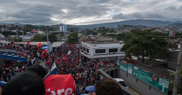 Juan Orlando Hernández, Presidente de Honduras: Respete los derechos humanos|Respect Human Rights