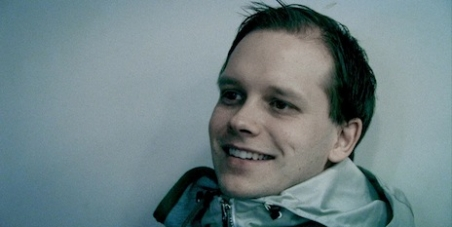 Improve Pirate Bay founder Peter Sunde's prison conditions immediately