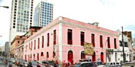 Governo de Angola: Proíbam a demolição do Elinga-Teatro