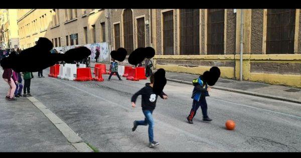 A favore della pedonalizzazione di Via Nino Bixio