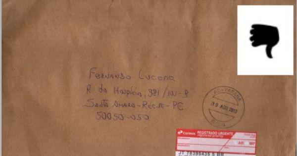 diretoria dos Correios volta atrás e passa admitir o porteamento de cartas registradas com selos, desde que seja a opção do cliente.
