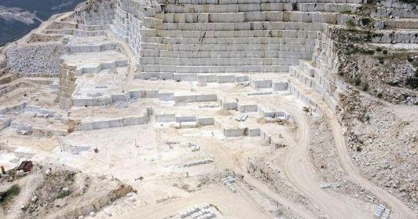 Λέμε ΟΧΙ στην εγκατάσταση Λατομείων στη Ραπεντώσα Διονύσου και το πεντελικό Όρος