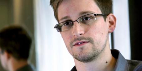 La France doit accorder l'asile politique à Edward Snowden !