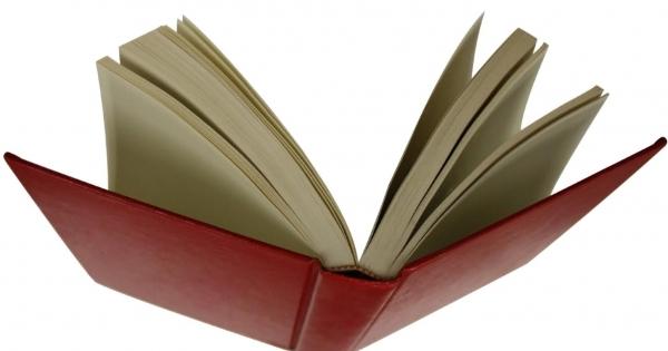 Escritores e profissionais do livro pela democracia