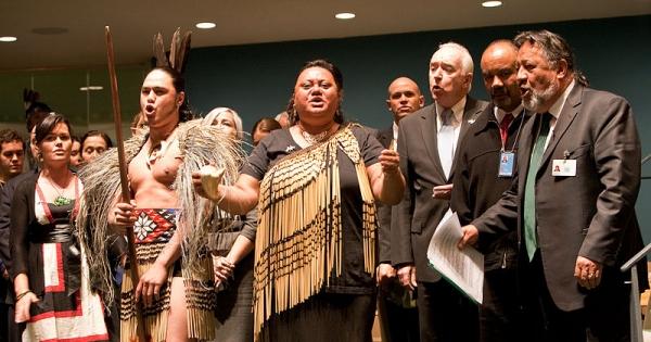 Barack Obama, Stephen Harper, Tony Abbott, John Key: Fully adopt the UN Declaration on the Rights of Indigenous Peoples