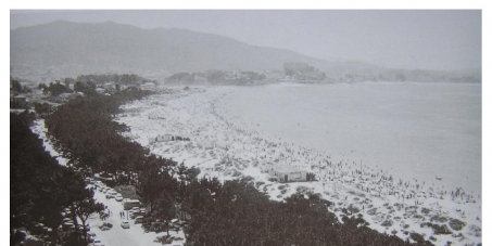 Alcalde de Vigo: Que derribe o edificio do Jonathan en Samil e recupere esta zona da praia