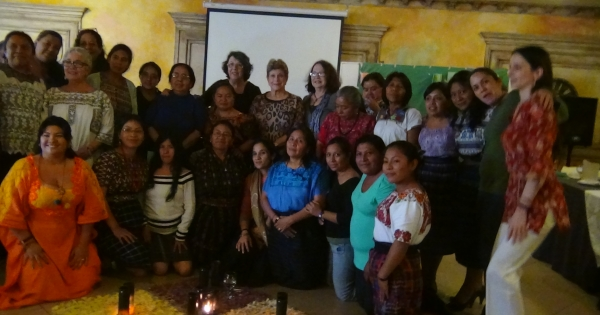 Que el Comité CEDAW adopte una Recomendación General para mujeres indígenas