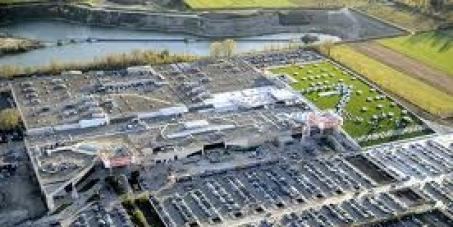 Chiediamo al Sindaco di Carugate di rinviare la decisione sull'ampliamento del centro commerciale Il Carosello