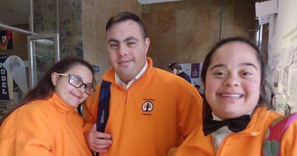 Ayuda a Albergo ético Argentina el único hotel escuela para jóvenes con sindrome de down