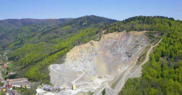population locale, défenseurs de l'écologie.: NON au projet de carrière à Saint Jean de Tholome