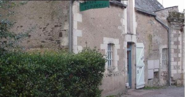 M Christophe BECHU, Maire d'Angers: LE TEMPOREL DOIT CONTINUER A VIVRE !!!