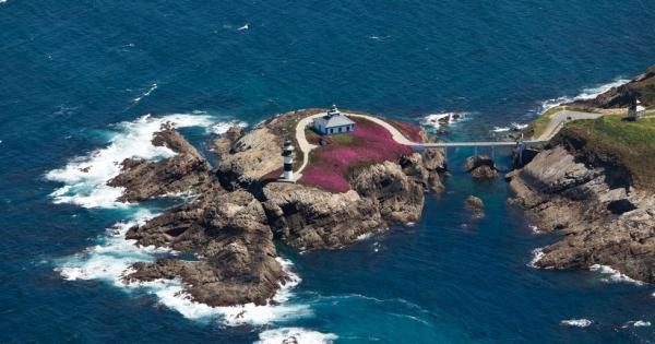 Salvemos el faro de Ribadeo y su isla