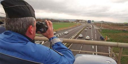 Supprimer la perte de points pour les excès de vitesse inférieurs à 30 km/h.