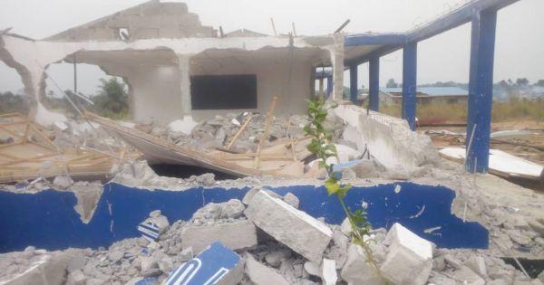 Ondersteun onze eis tot de heropbouw van The Flemish Secondary School