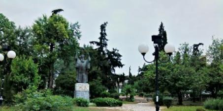 H Πλατεία Χρυσοστόμου Σμύρνης ανήκει στους πολίτες και όχι στους εργολάβους