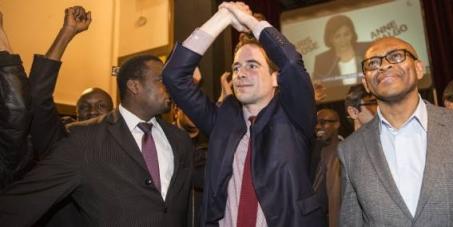 Monsieur Patrice Bessac, maire de Montreuil, respectez votre engagement de ne pas cumuler deux mandats.