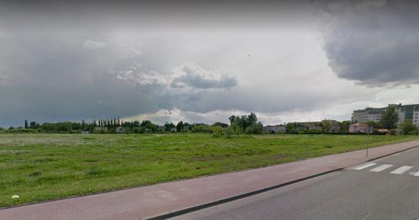 Sprzeciw wobec przeznaczeniu działki miejskiej w centrum Sochaczewa na budowę kościoła