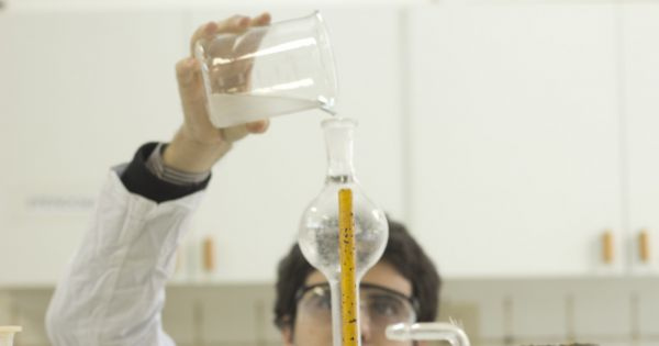 Em defesa da Ciência, Tecnologia e Pesquisa do DF, não ao corte na FAP!