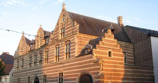 Stad Hasselt: Geen woontoren op de historische site van Herkenrodekazerne in Hasselt!