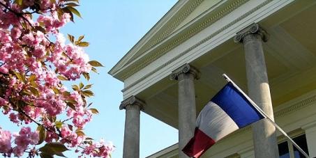 Non à la vente du Palais- Clam Gallas / Nein zum Verkauf