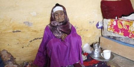 """À la justice marocaine, au peuple marocain, au monde: Que le violeur de Mi Rahma soit puni de manière """"exemplaire""""."""