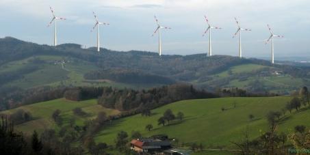Keinen Windpark (mit 200m Höhe!) in der Nähe unserer Kinder !