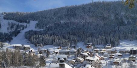 NON à la fermeture du télésiège Val Mijoux et NON à la mort de la vallée de la Valserine