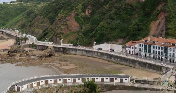 Retirada del proyecto que supone la desaparición de la playa La Pregona y de la Peña Furada en Candás