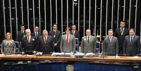 Senado Federal: Convidar Exmo Senador Aécio Neves a explicar-se sobre denuncias de Crimes.