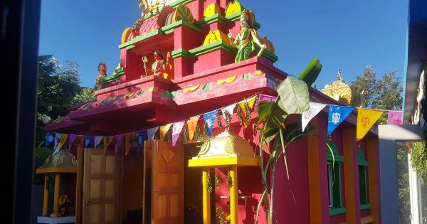 Empêcher la démolition d un temple tamoule