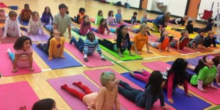 Ministério da Educação: Implantação da Prática de Yoga nas Escolas de Ensino Fundamental