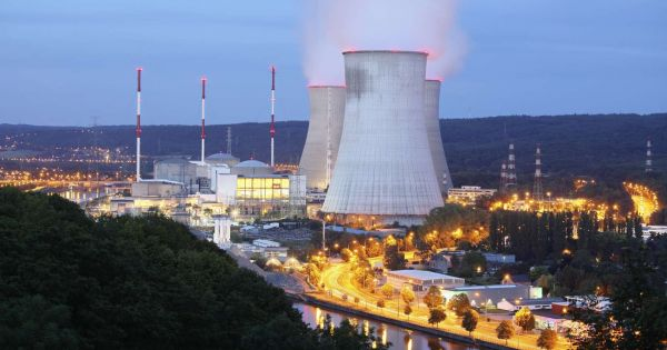 Schrap de Belgische wet op de kernuitstap. / Abrogeons la loi sur la sortie du nucléaire.