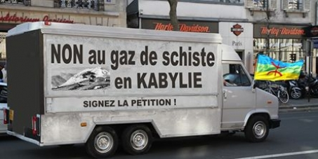 François Hollande: L'interdiction de l'exploitation du gaz de schiste en kabylie