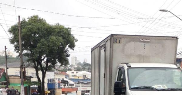DIGA NÃO AS NOVAS FAIXAS EXCLUSIVAS  PARA ÔNIBUS  NA AV MUTINGA