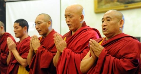 Al governo italiano: Riapriamo le porte immediatamente  ai Tibetani!!!!