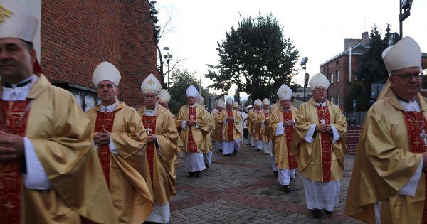 Nie w naszym imieniu. Głos katolików świeckich