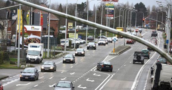 Stad Gent: Heraanleg kruispunt Antwerpsesteenweg/Orchideestraat.